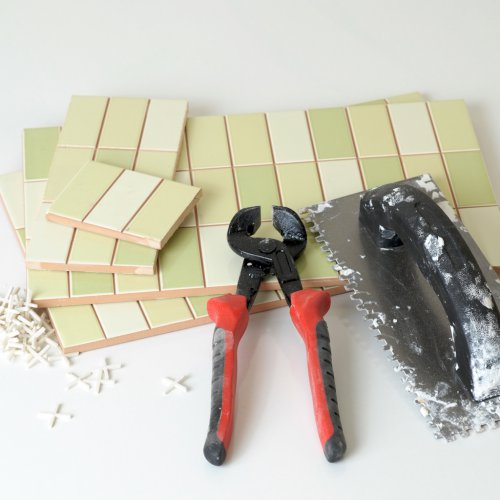 Tiles and Nippers